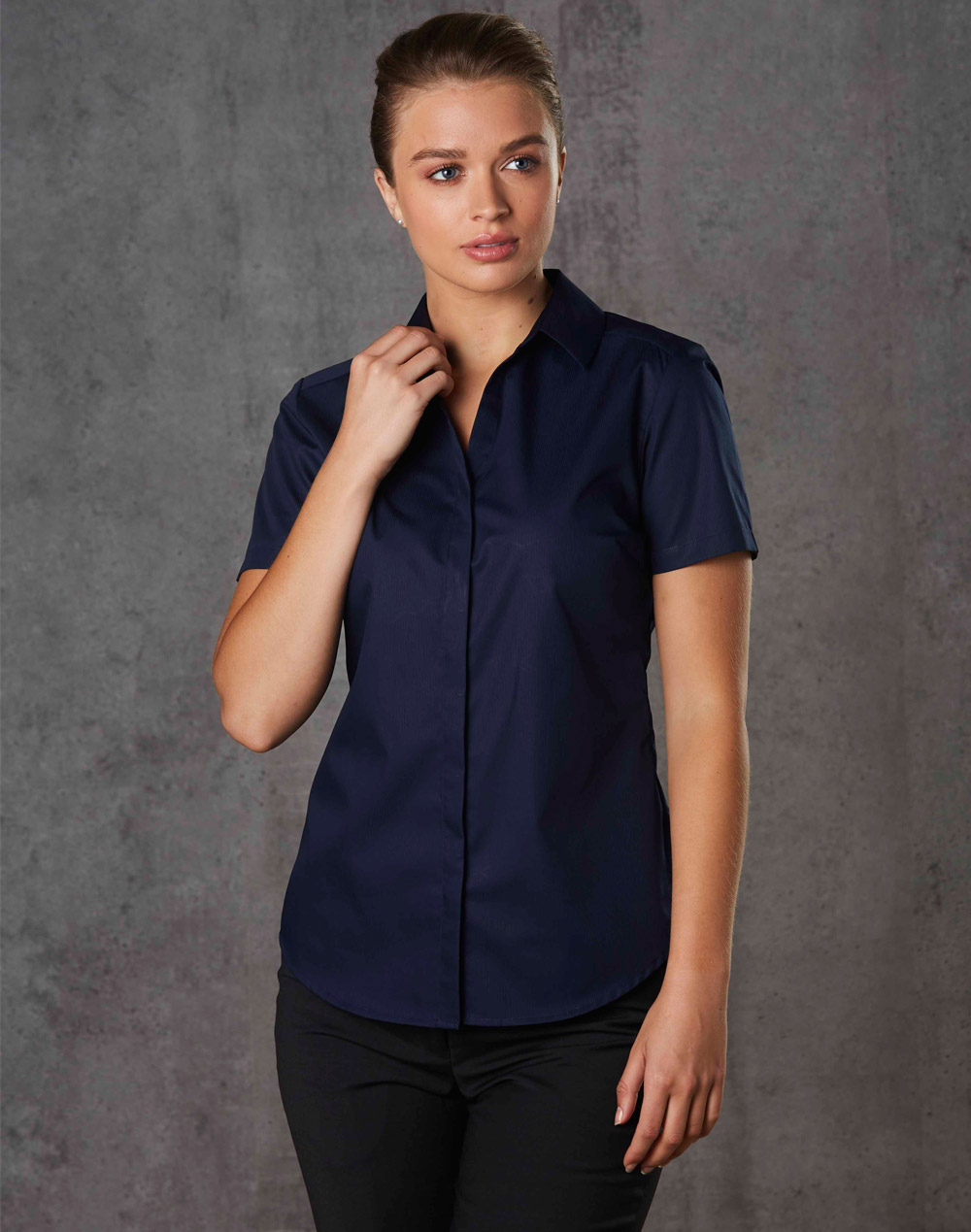 M8110S BARKLEY LADIES TAPED SEAM SHORT SLEEVE SHIRT
